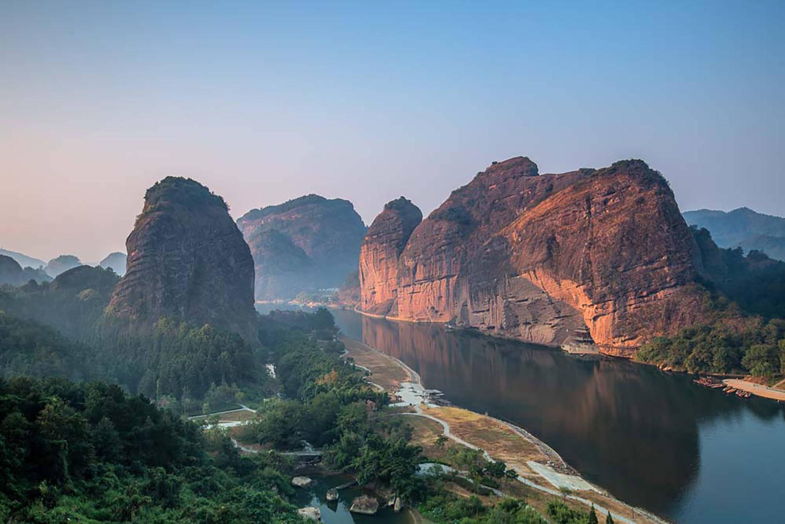 江西省十大必去旅游景点,婺源风景如画庐山瀑布似银河